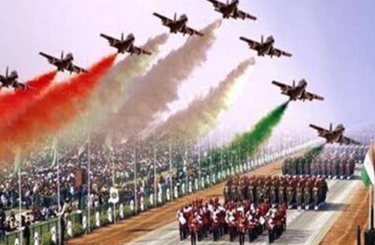 ഒരു റിപ്പബ്ലിക് ദിനവും രണ്ടു പരേഡുകളും  കാണിക്കുന്നത് സമകാല ഇന്ത്യയുടെ ചിത്രം